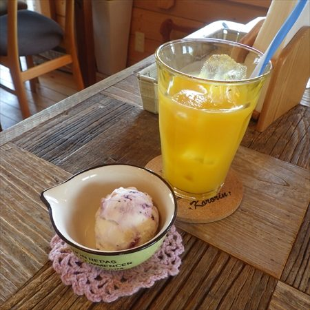 cafe and dogrun space ころりん